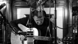 Patrick Jonsson an der dritten Ausgabe von Songcircl...
