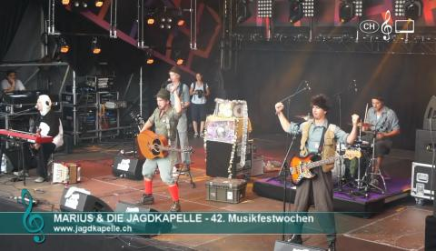 Marius & die Jagdkapelle - Bapis & Mamis (live)
